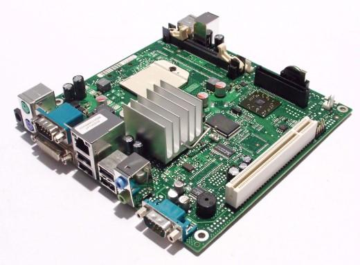 FSC-Siemens-D2703-A13-GS4-mini-ITX-S1-AMD-ATI-X1250-DVI-fuer-Futro-S500-S450-NEU